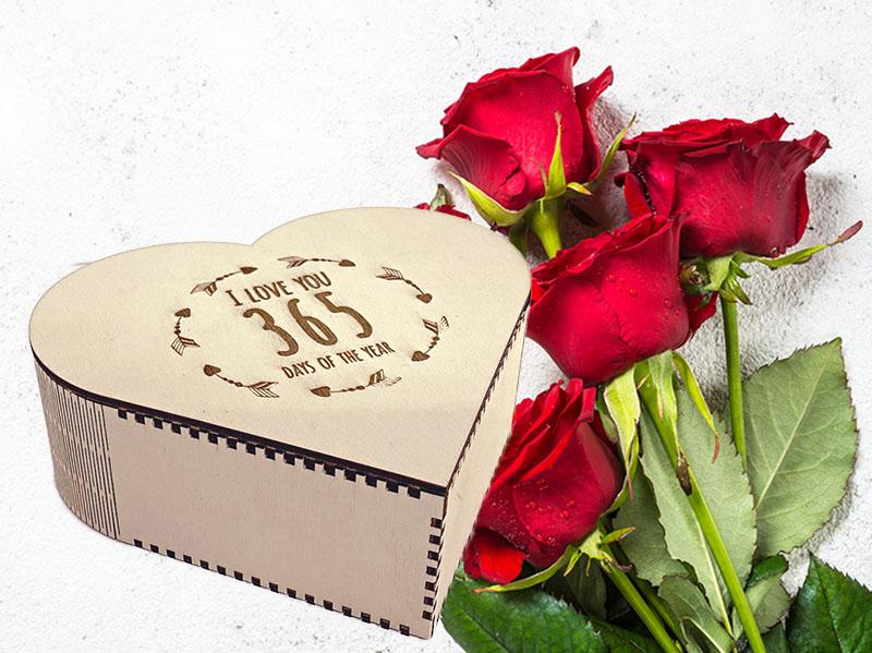 Herzbox Valentinstag Geschenk Lasergravur Sperrholz
